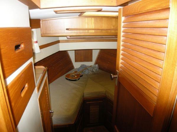 1983 GRAND BANKS 36 Classic 1983 Trawler 2575129