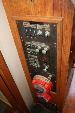 1970 GRAND BANKS 36 Trawler 2575183