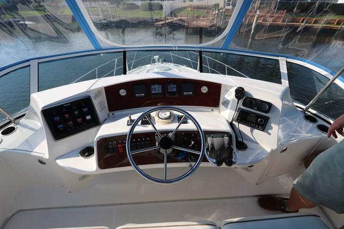 Helm Electronics 2010 SILVERTON 38 Sport Bridge Cruiser 2578532