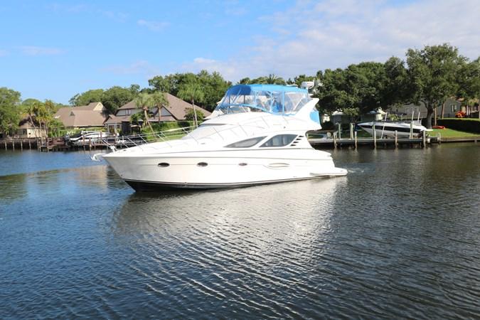 Profile 2010 SILVERTON 38 Sport Bridge Cruiser 2578543