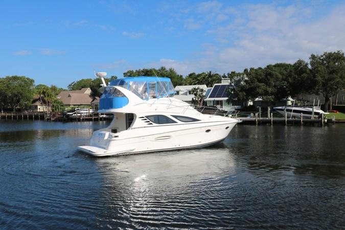 Profile 2010 SILVERTON 38 Sport Bridge Cruiser 2578547