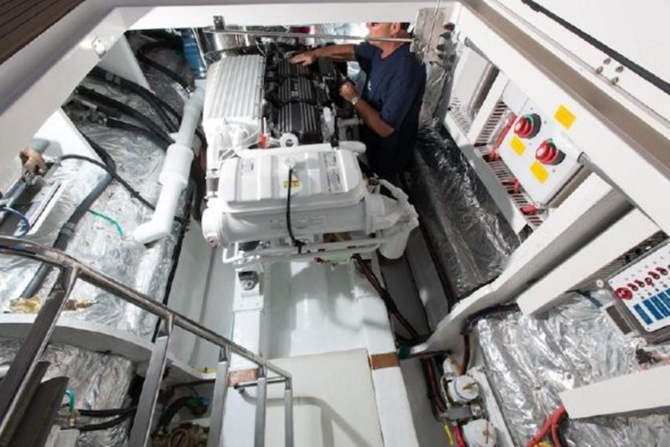 ENGINEROOM 2013 HORIZON HORIZON PC60 Catamaran 2579528