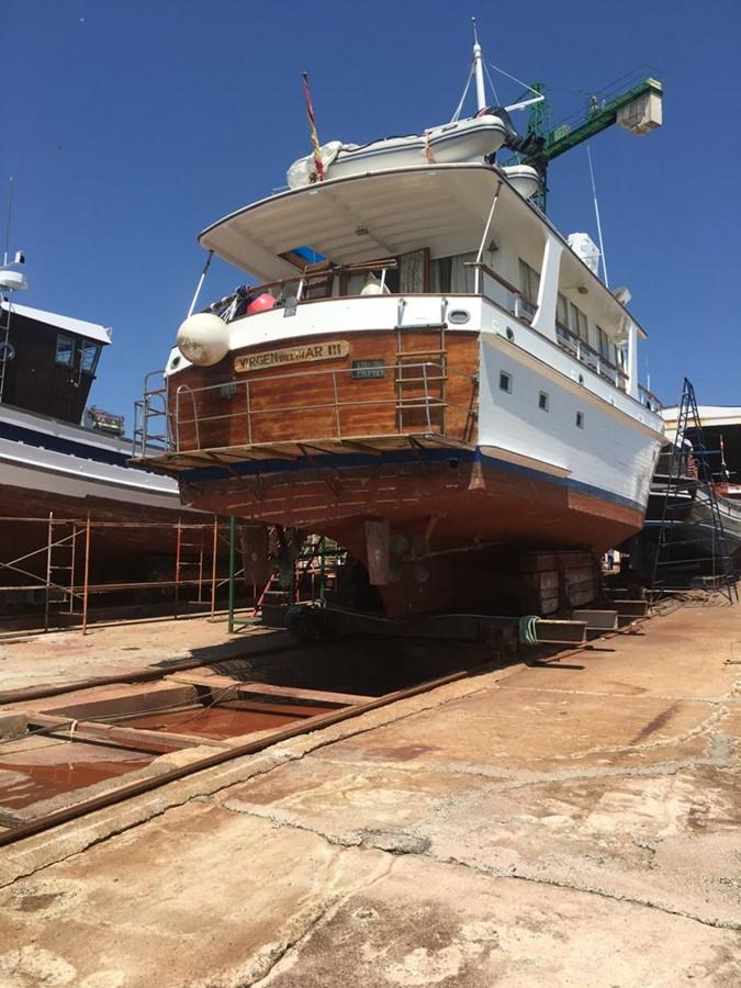 1975 GRAND BANKS  Motor Yacht 2581491