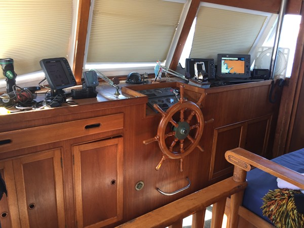 1975 GRAND BANKS  Motor Yacht 2581472