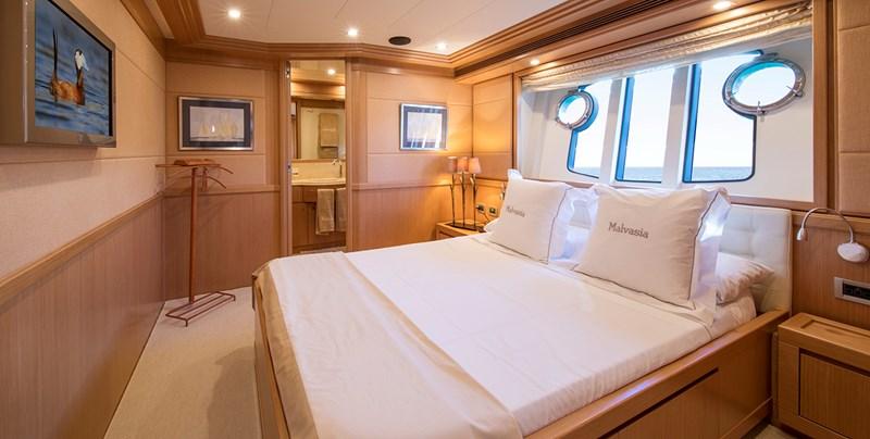 Malvasia Double Stateroom 2008 FERRETTI CUSTOM LINE Custom Line Navetta 26 Motor Yacht 2583381