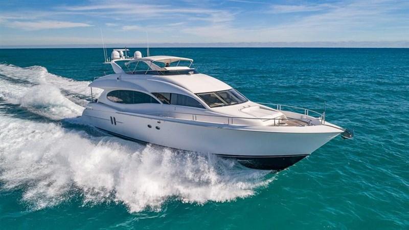 SW 1 2004 LAZZARA Motor Yacht Motor Yacht 2702417