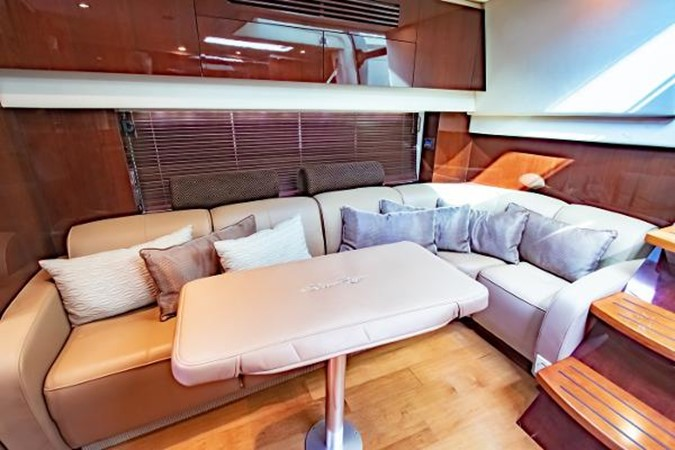 2012 SEA RAY 470 Sundancer Motor Yacht 2584839