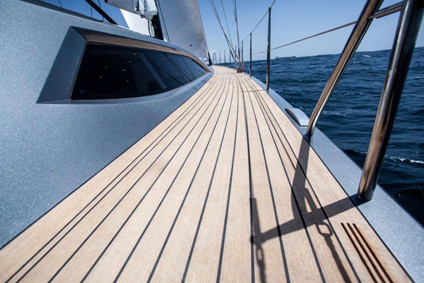 SIDE DECK 1996 GOETZ CUSTOM BOATS/DERECKTOR SHIPYARDS Sparkman & Stephens Designed Performance Sailing Yacht Cruising Sailboat 2585506