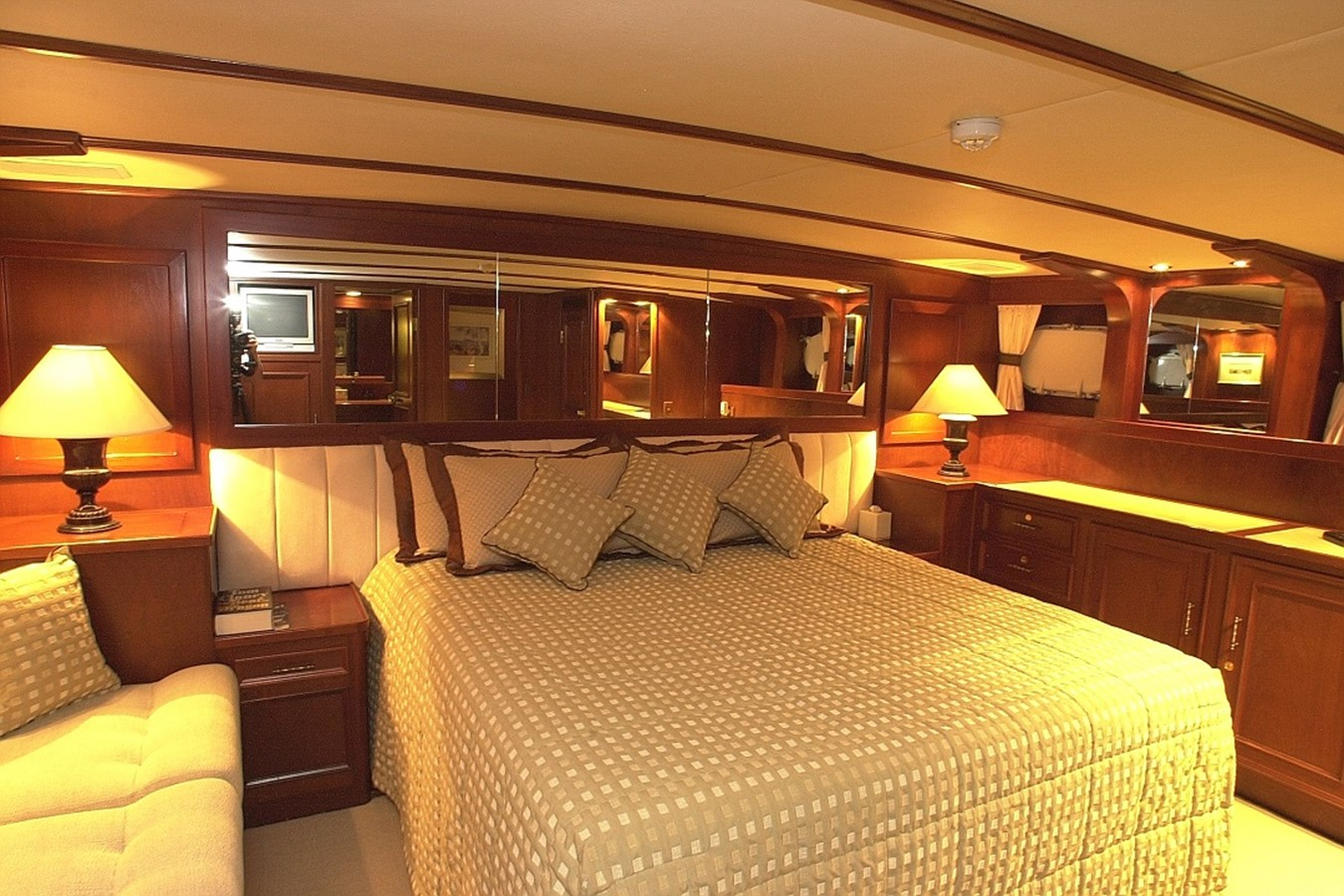 1992 CUSTOM 35m Motor Yacht Motor Yacht 2586664
