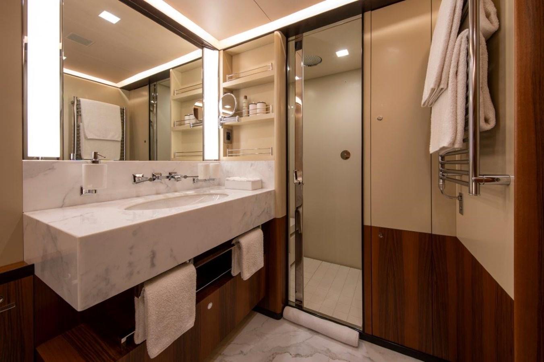 VIP Bath 2015 PERINI NAVI  Cruising/Racing Sailboat 2856512