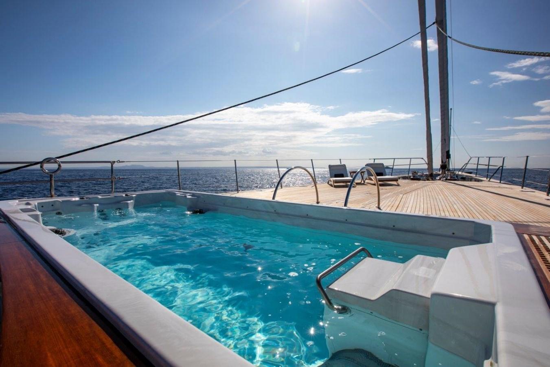 Pool 2015 PERINI NAVI  Cruising/Racing Sailboat 2856523