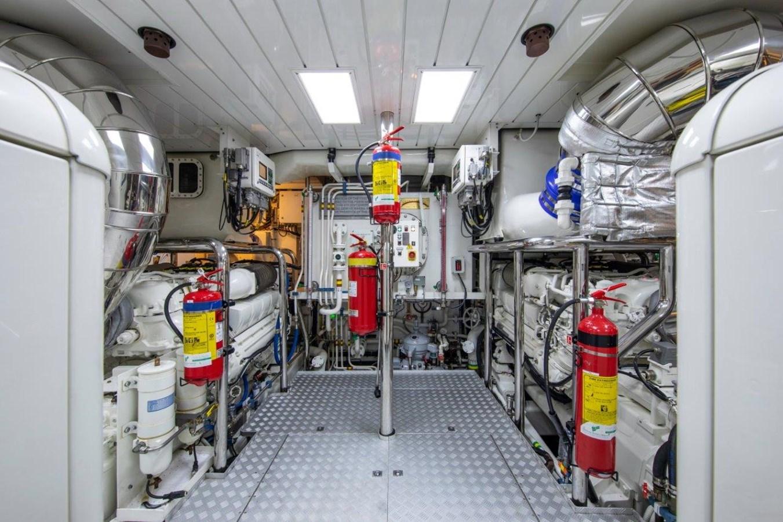Engine Room 2015 PERINI NAVI  Cruising/Racing Sailboat 2856538