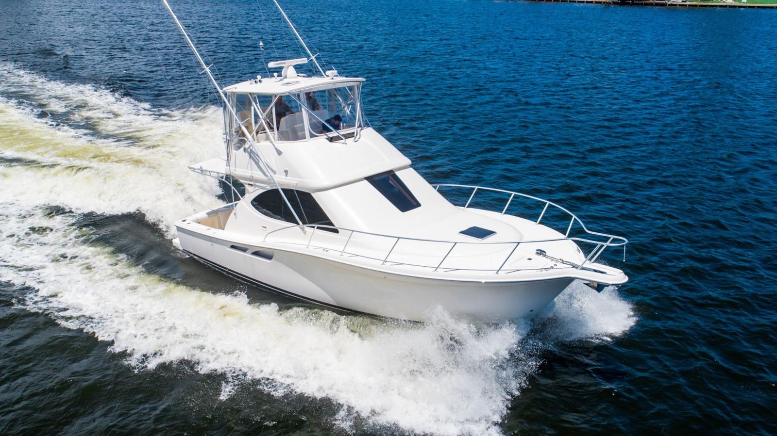 2013 TIARA 3900 Convertible Sport Fisherman 2587695