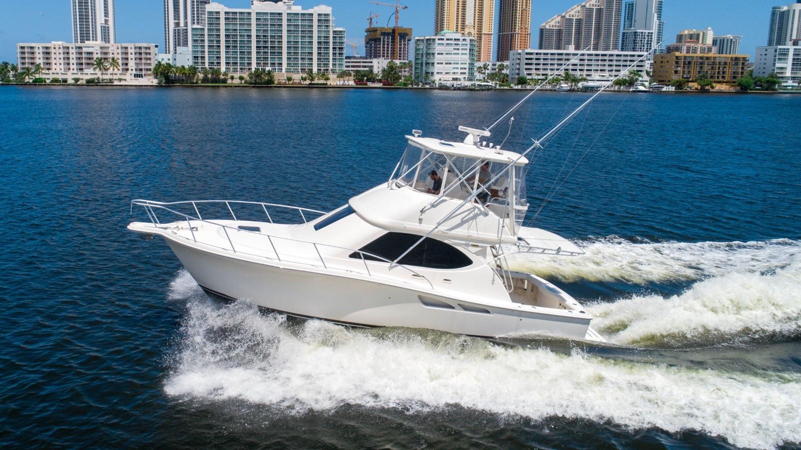 2013 TIARA 3900 Convertible Sport Fisherman 2587697