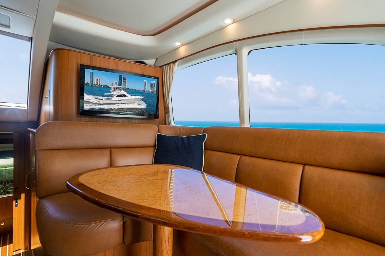 2013 TIARA 3900 Convertible Sport Fisherman 2587723