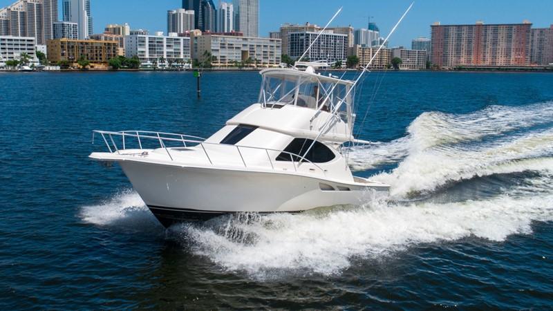 2013 TIARA 3900 Convertible Sport Fisherman 2587696
