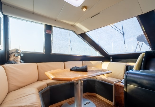 Guy Couach 2701 TIENNA - Crew Dining 1991 GUY COUACH 2701 Motor Yacht 2678778