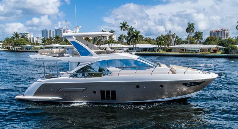 Starboard Profile 2016 AZIMUT 50 Flybridge Cruiser 2687554
