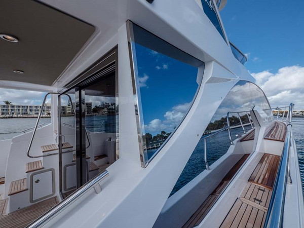 Port Side Deck Looking Aft 2016 AZIMUT 50 Flybridge Cruiser 2687562