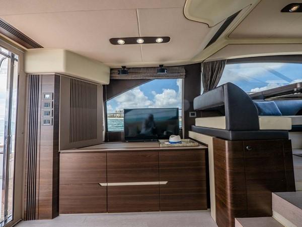 Salon Entertainment 2016 AZIMUT 50 Flybridge Cruiser 2687575