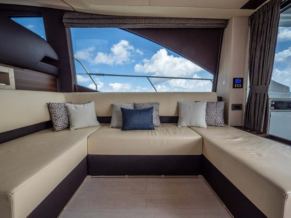 Salon Seating 2016 AZIMUT 50 Flybridge Cruiser 2687576