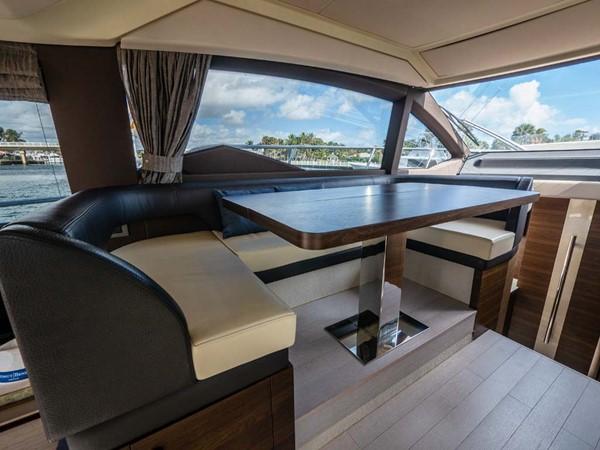 Dinette 2016 AZIMUT 50 Flybridge Cruiser 2687577