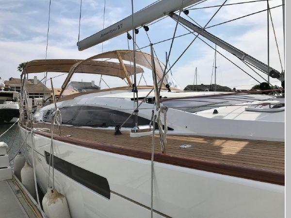 2014 JEANNEAU 57 Cruising Sailboat 2591195