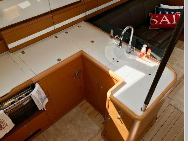 2014 JEANNEAU 57 Cruising Sailboat 2591257