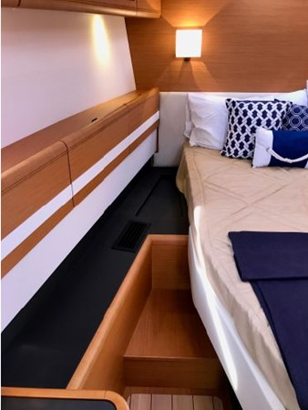 2014 JEANNEAU 57 Cruising Sailboat 2591295
