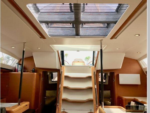 2014 JEANNEAU 57 Cruising Sailboat 2591308