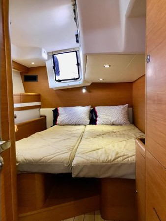 2014 JEANNEAU 57 Cruising Sailboat 2591313