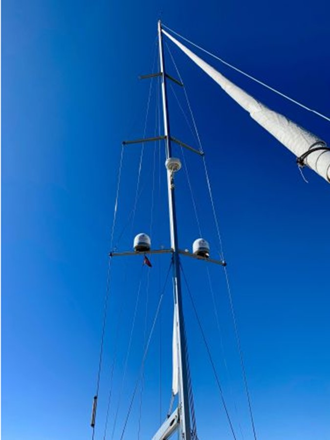 2013 JEANNEAU 57 Cruising Sailboat 2591377