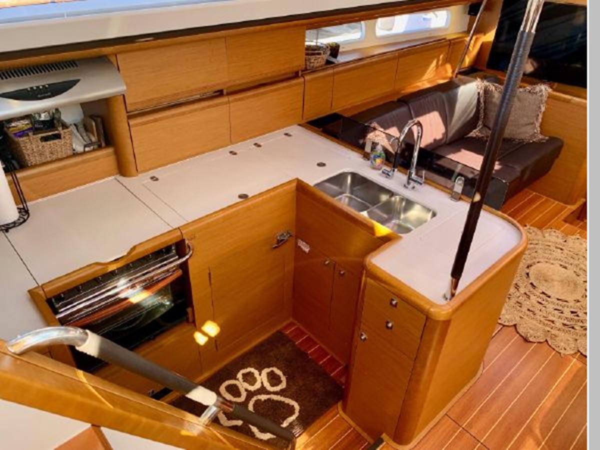 2013 JEANNEAU 57 Cruising Sailboat 2591416
