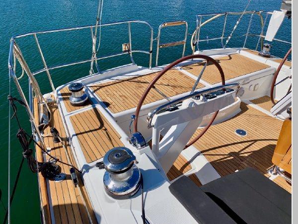 2013 JEANNEAU 57 Cruising Sailboat 2591389