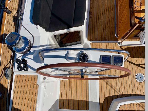 2013 JEANNEAU 57 Cruising Sailboat 2591401