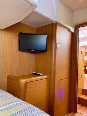 2013 JEANNEAU 57 Cruising Sailboat 2591466