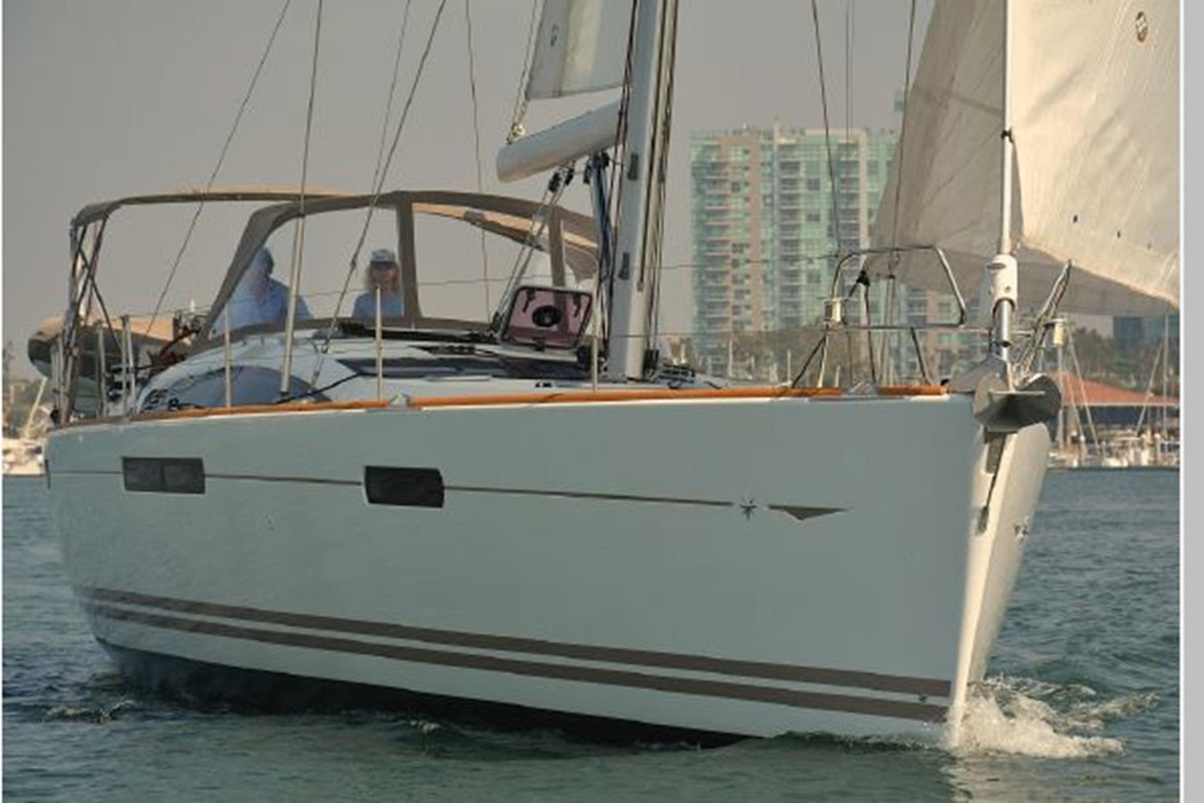 2011 JEANNEAU 53 Cruising Sailboat 2591591