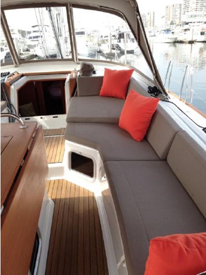2011 JEANNEAU 53 Cruising Sailboat 2591632