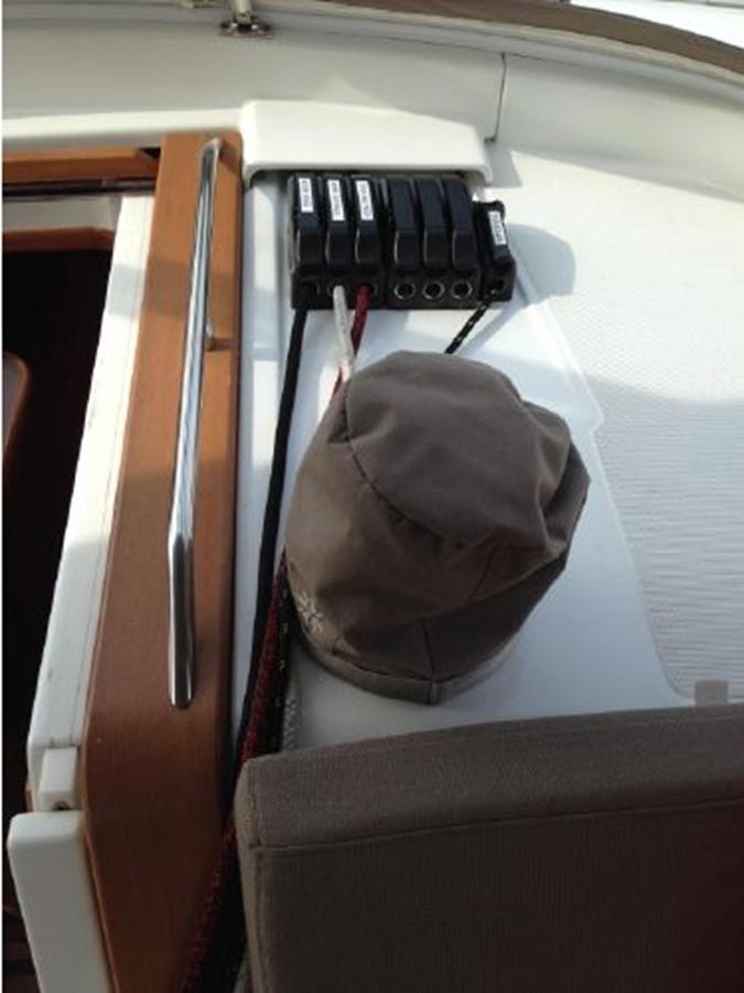 2011 JEANNEAU 53 Cruising Sailboat 2591637