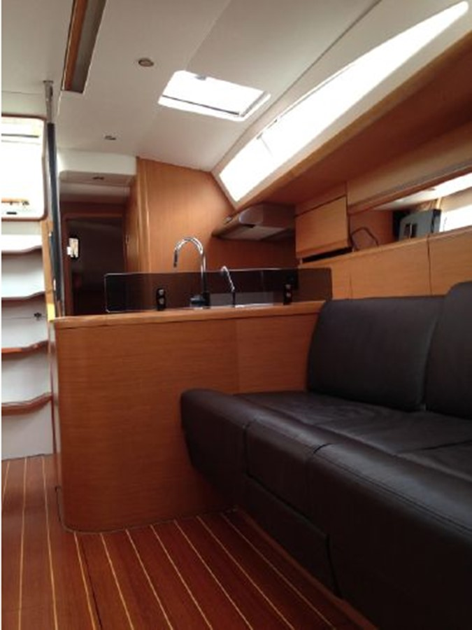 2011 JEANNEAU 53 Cruising Sailboat 2591678