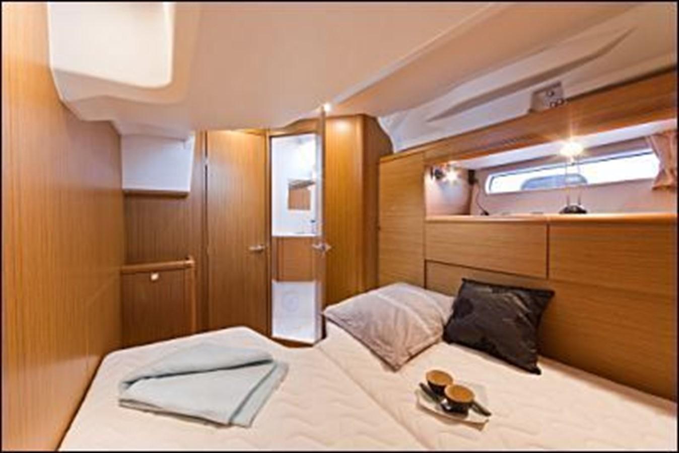 2011 JEANNEAU 53 Cruising Sailboat 2591686