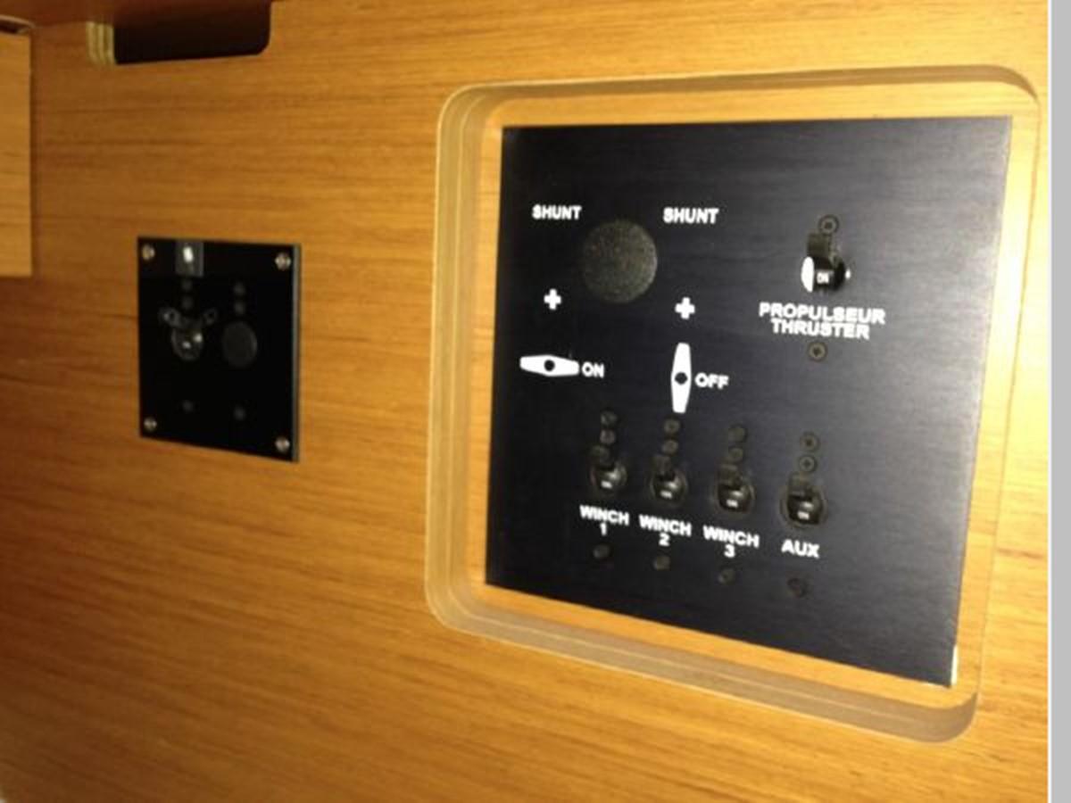 2011 JEANNEAU 53 Cruising Sailboat 2591697