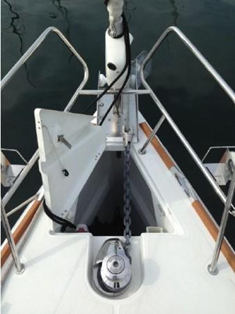 2011 JEANNEAU 53 Cruising Sailboat 2591609