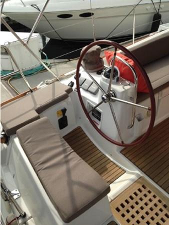 2011 JEANNEAU 53 Cruising Sailboat 2591623