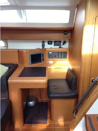 2011 JEANNEAU 53 Cruising Sailboat 2591642