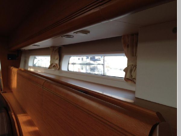 2011 JEANNEAU 53 Cruising Sailboat 2591649
