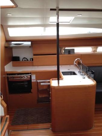 2011 JEANNEAU 53 Cruising Sailboat 2591650