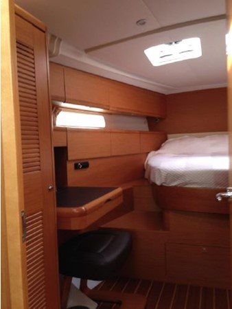 2011 JEANNEAU 53 Cruising Sailboat 2591665