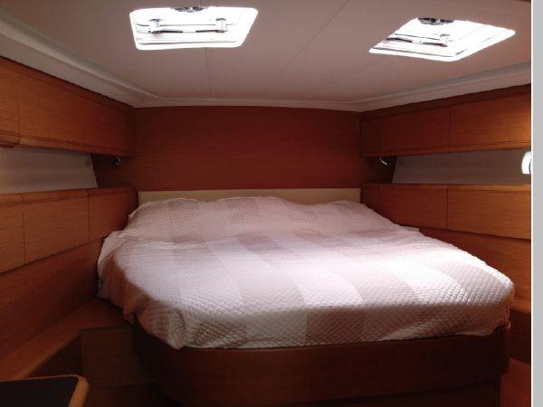 2011 JEANNEAU 53 Cruising Sailboat 2591667