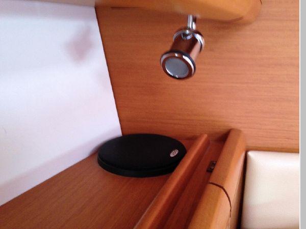 2011 JEANNEAU 53 Cruising Sailboat 2591677